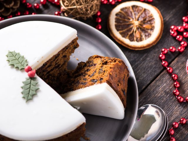 The perfect christmas cake recipe best ever christmas alcohol free christmas cake forumfinder Image collections